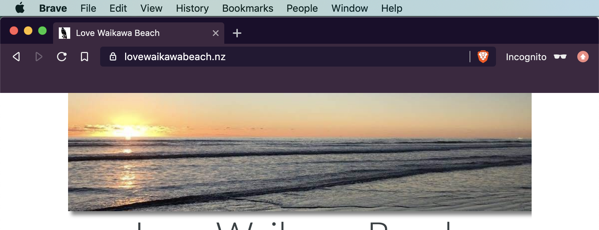 Love Waikawa Beach banner now buts up against the top of the page.
